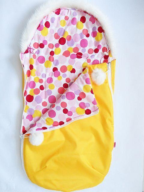 Fusak s kožešinovým lemem- žlutá/barevná kolečka MeeMee
