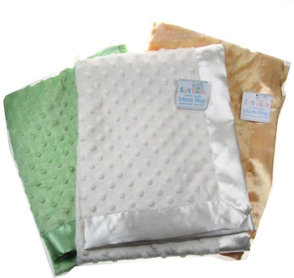 Sametová minky deka se saténovým lemem