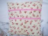 Růžičky - polštářek s výplní čtverec