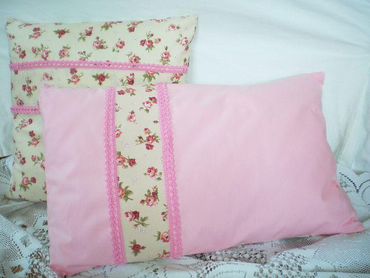 Růžičky - polštářek s výplní obdélník MeeMee