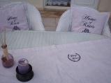 Režný běhoun na stůl - růžičky MeeMee